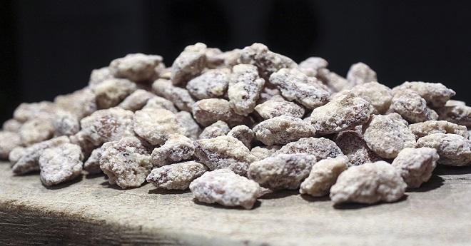 Mandorle Zuccherate Attorrate d'Abruzzo
