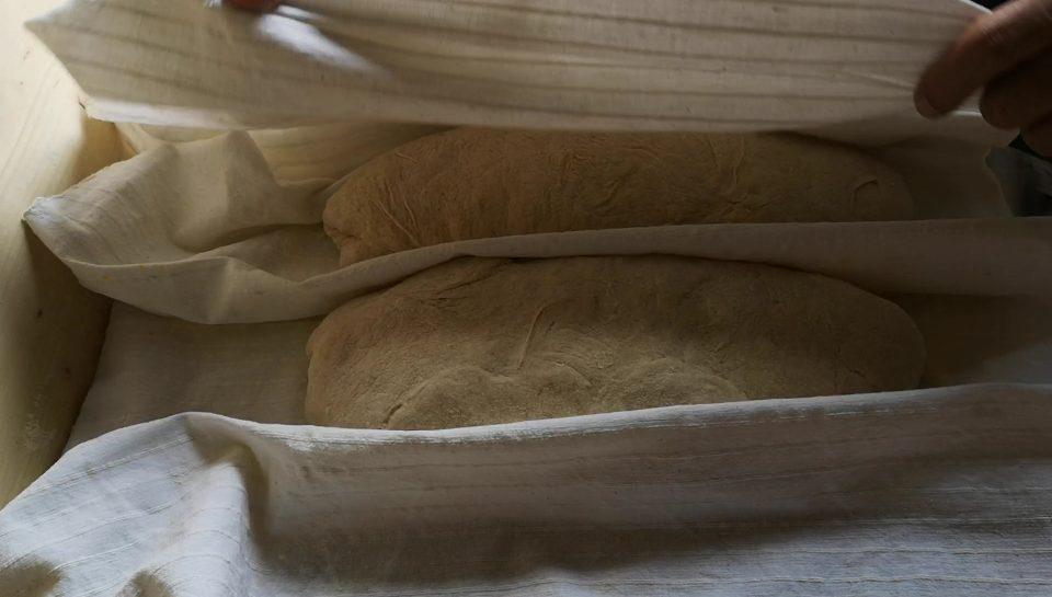 filoni di pane a riposo